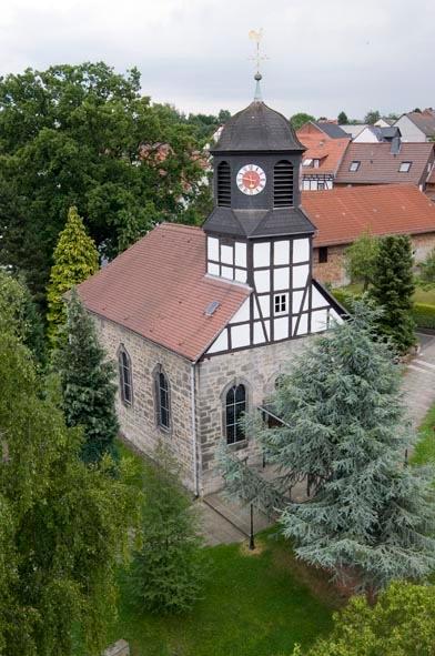 Kirche Rengershausen Sommer 2009